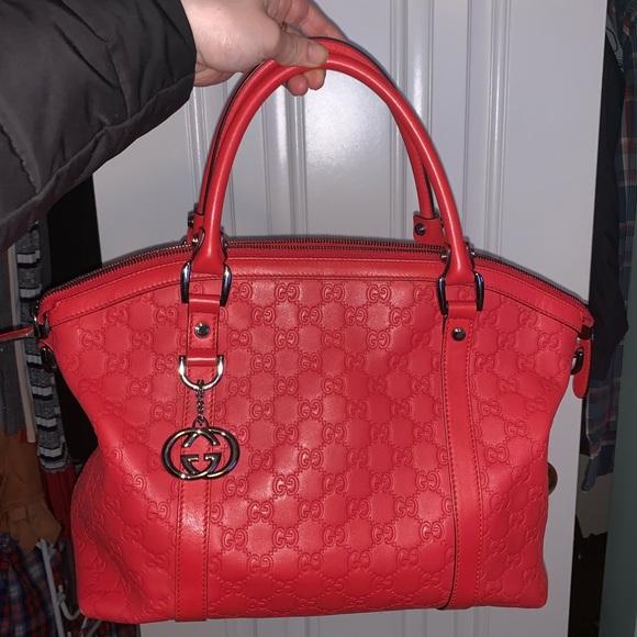 d16f50cb7 Gucci Handbags - Gucci Guccisima large Bag red AUTHENTIC